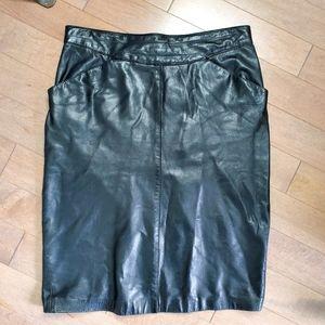 Vintage high rise black leather skirt